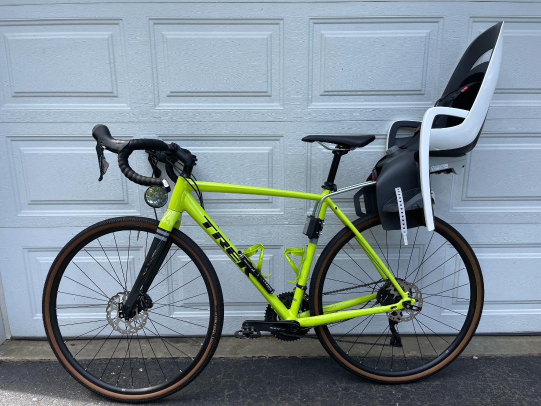 Hamax Caress Seat on Bike