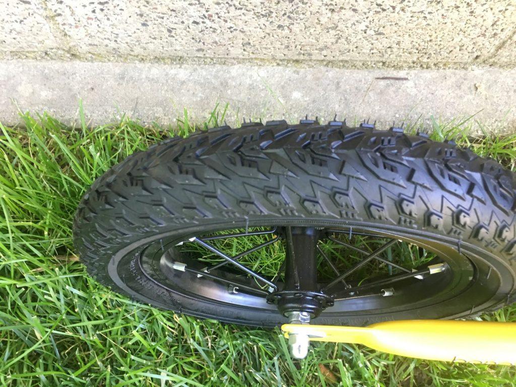 banana balance bike pneumatic air tires