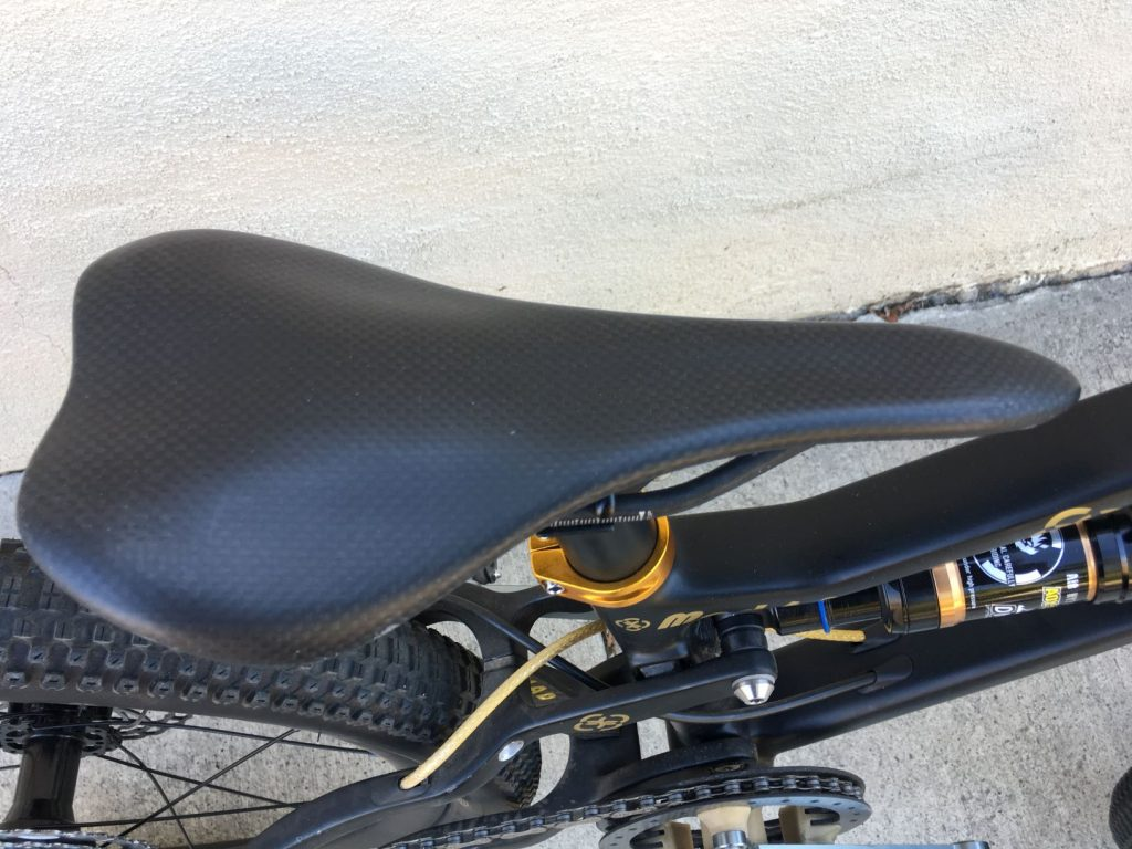 carbon xs saddle
