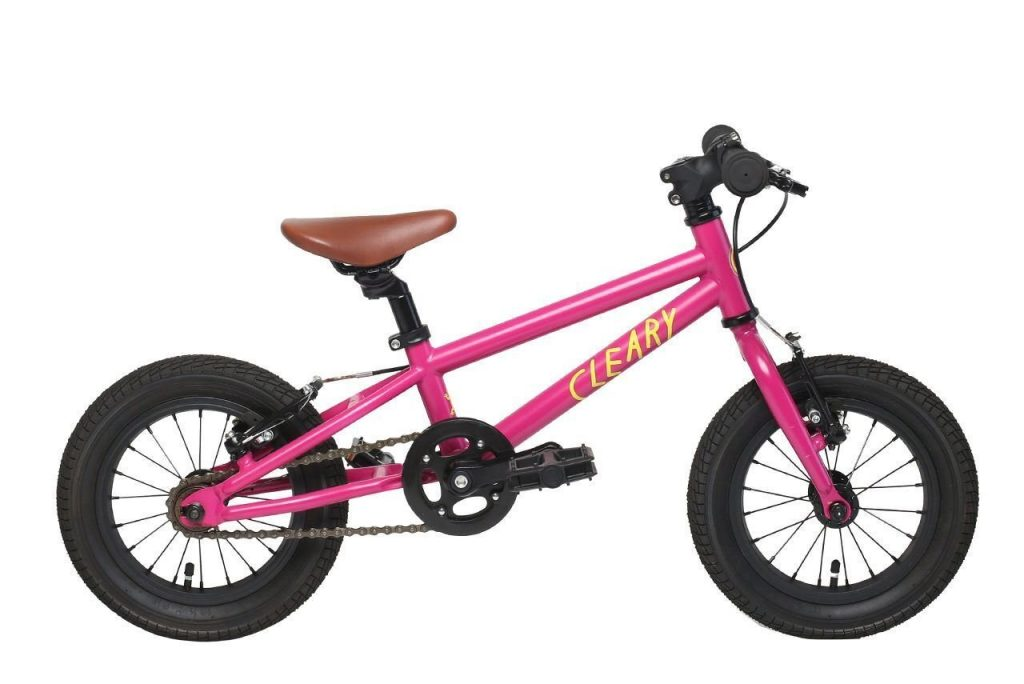 The hot pink Cleary Gecko is every little girl\u0027s dream. It also happens to be our favorite 12-inch bike. fits ones as small 2.5 years old. Best Girls Bikes: Bicycles for Little and Big (2019