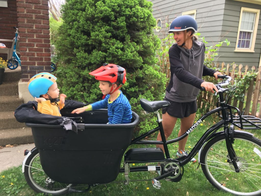 kids in madsen cargo bike