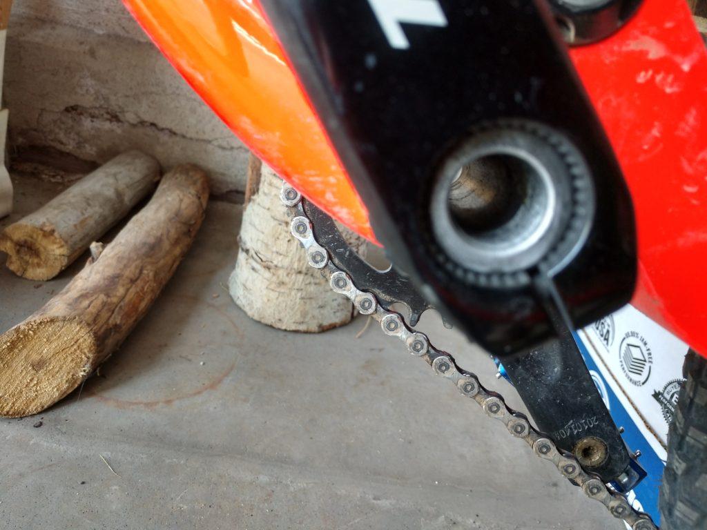 missing crank bolt