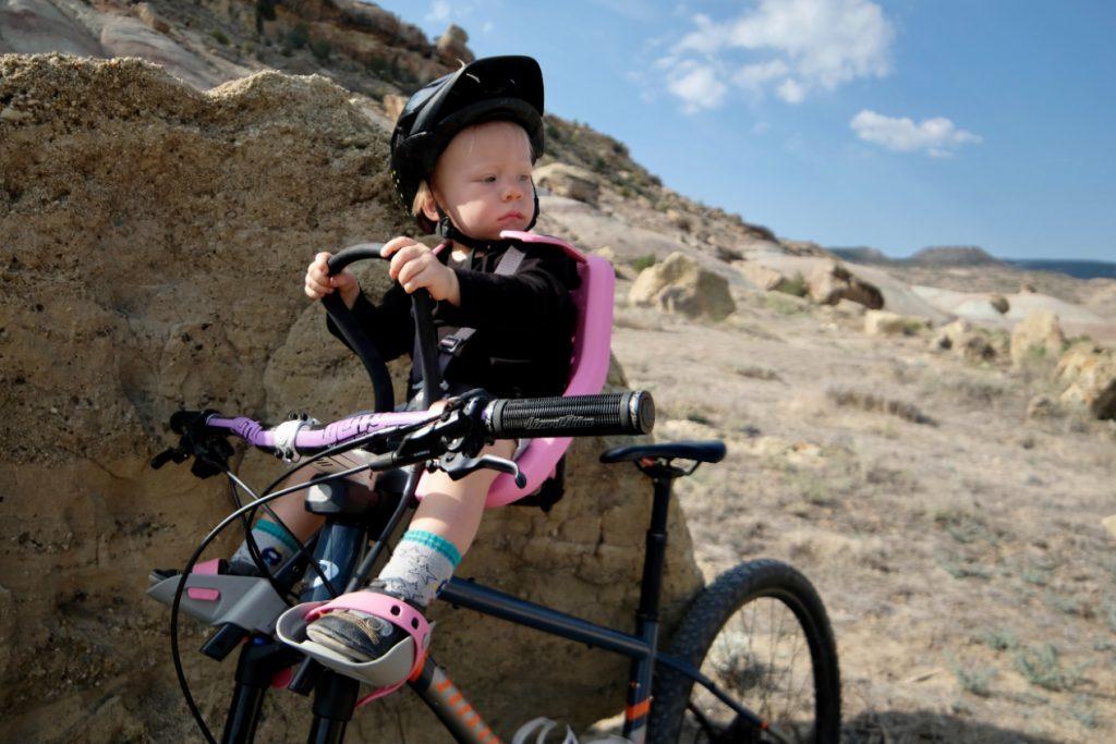 thule yepp mini bike seat with toddler