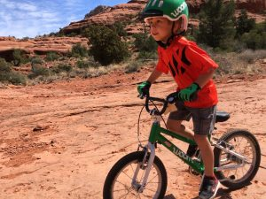 woom kids bike helmet