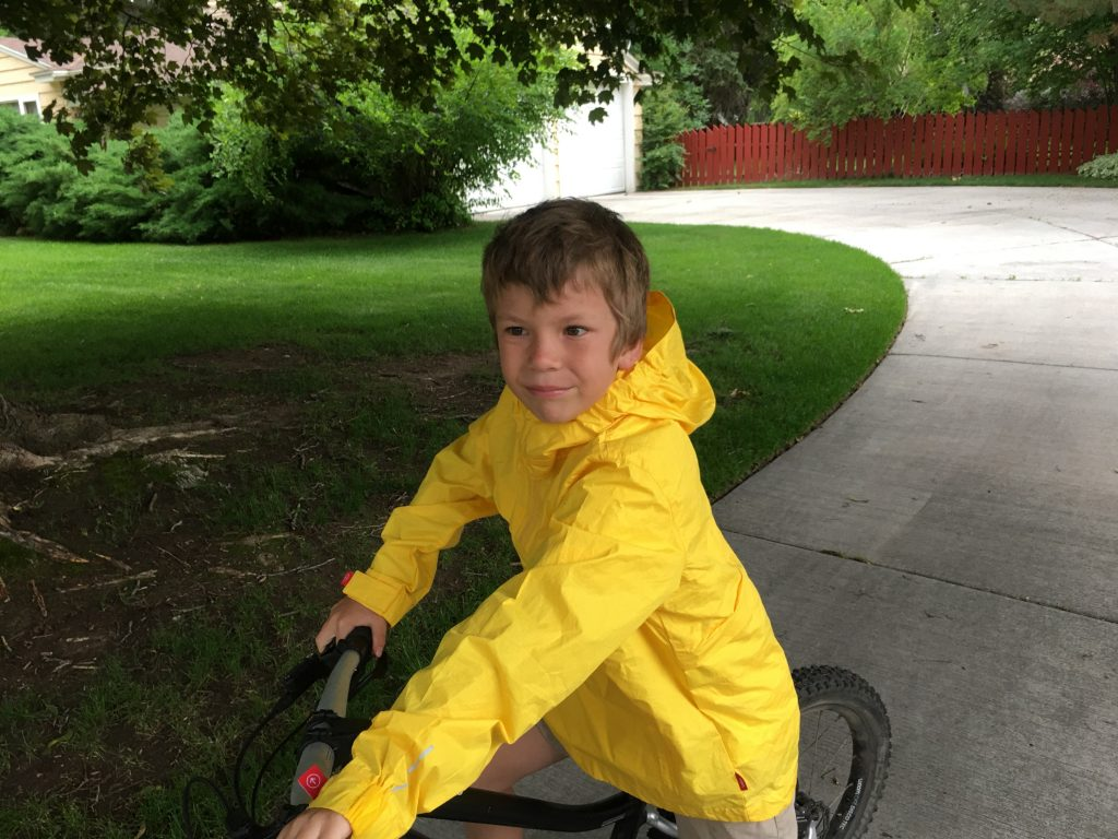 woom kids cycling jacket